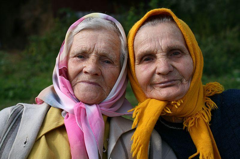 Видео делимые старушки